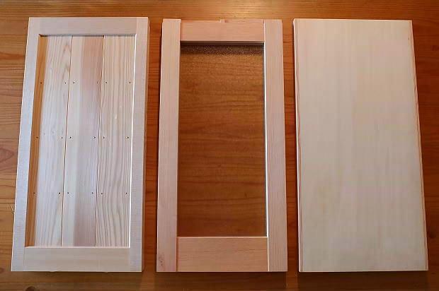 木製建具の違い_框組戸とフラッシュ戸