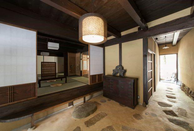 奈良県桜井市古民家リノベーション和風モダン建築家土間
