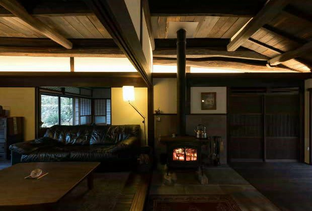 古民家リノベーション川西市木造建築家和風モダンと薪ストーブと間接照明