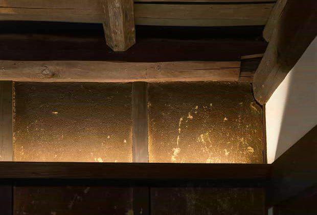 古民家リノベーション川西市木造建築家土壁と間接照明